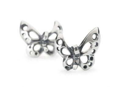 TAGEA-10007-Dancing-Butterfly-Earrings-a